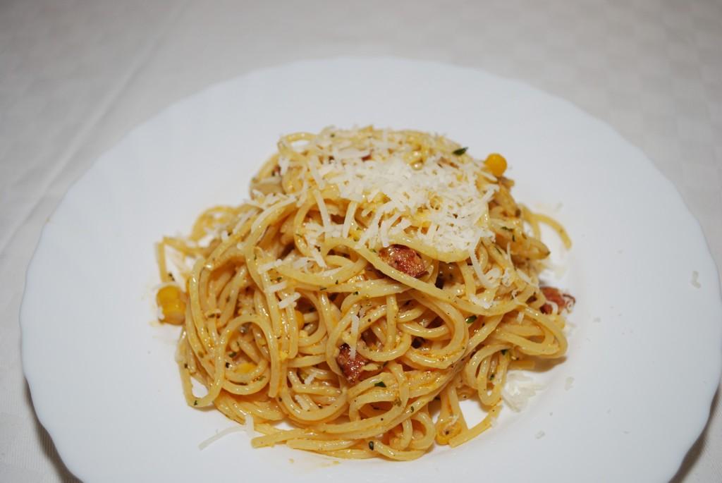 kolbászos kukoricás spagetti