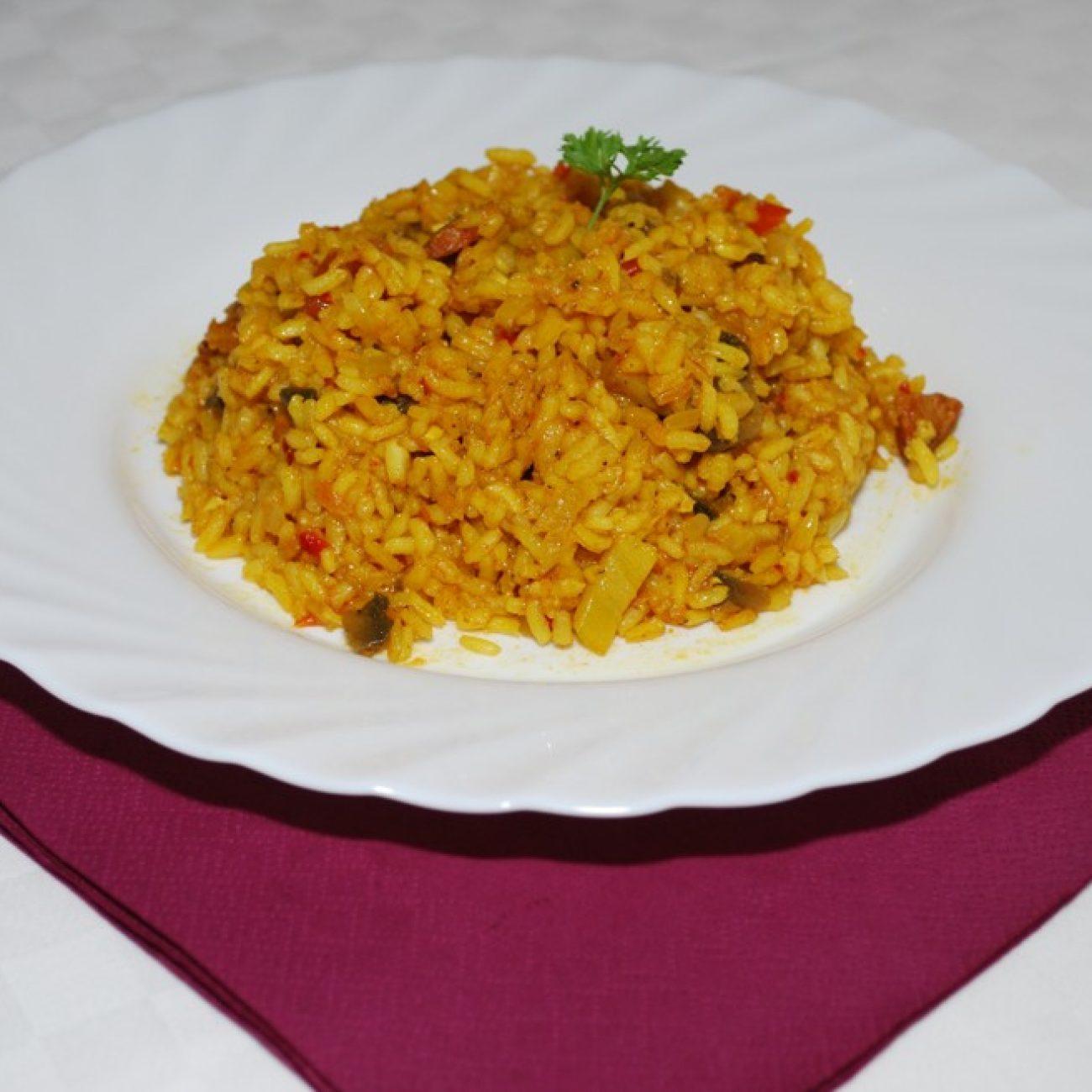 Fúziós, serpenyős, rizses egytálétel
